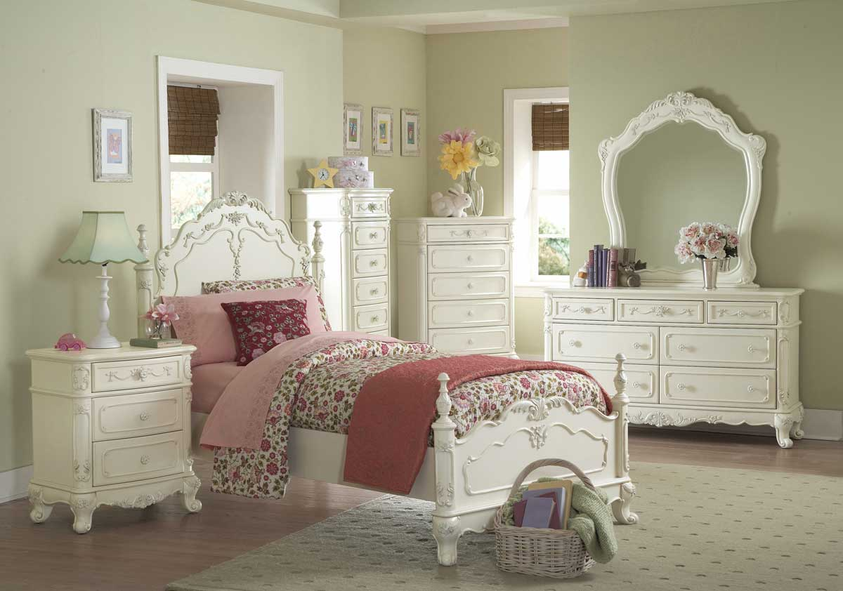 Superb Homelegance Cinderella Bedroom Collection   Ecru