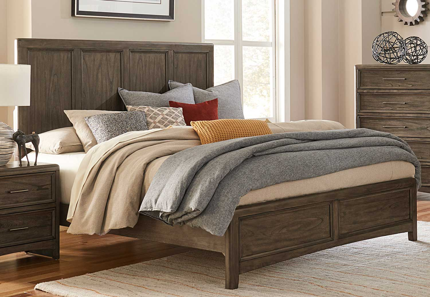 Homelegance Seldovia Bed - Brown Gray