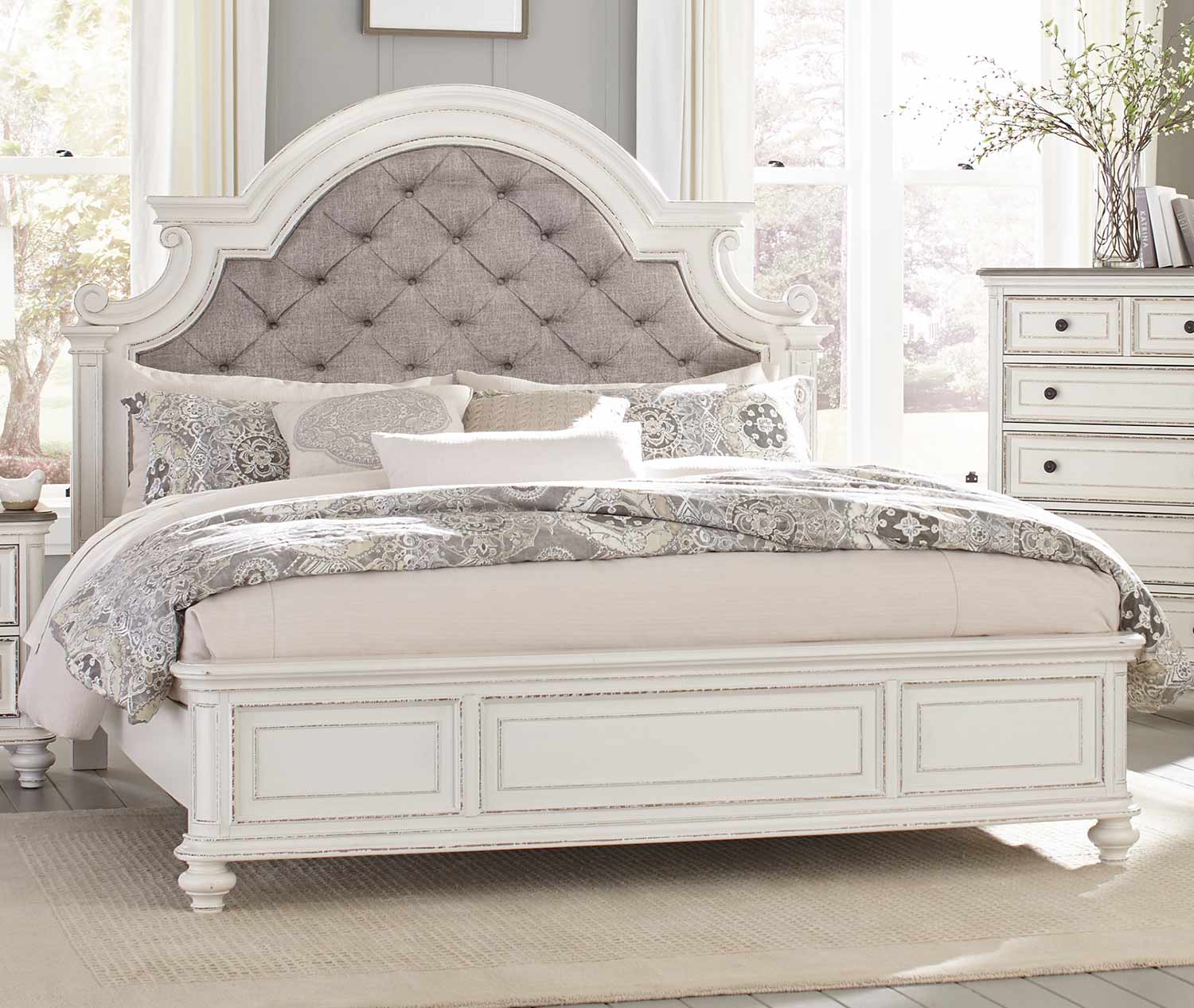 Homelegance Baylesford Bed - Antique White Rub-Through Finish