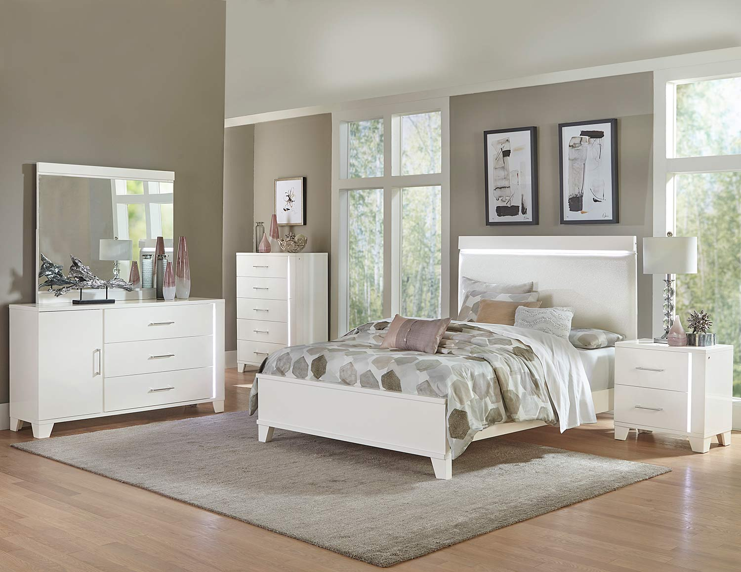 Homelegance Kerren or Keren Bedroom Set - White High Gloss