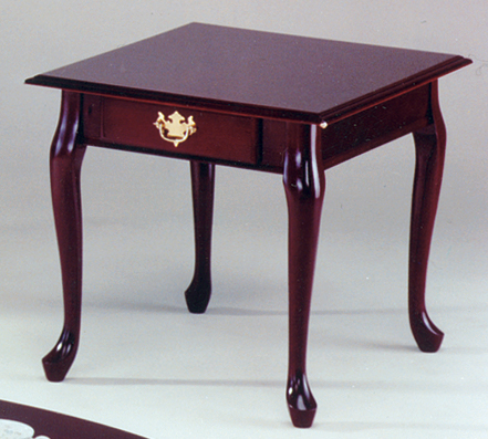 Homelegance Queen Anne End Table With Drawer