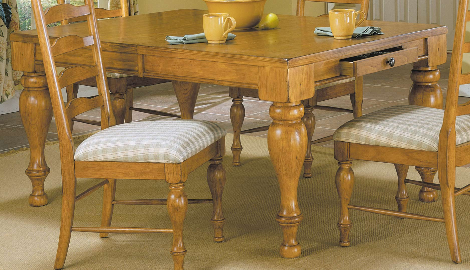 Pine Dining Room Table And Chairs Rustic Pine Dining Room Tables