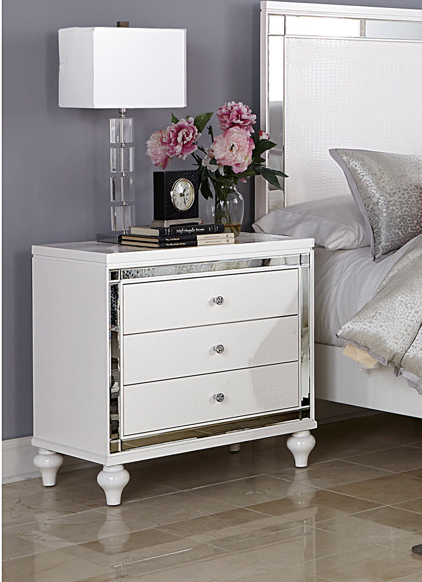 Homelegance Alonza Night Stand - White