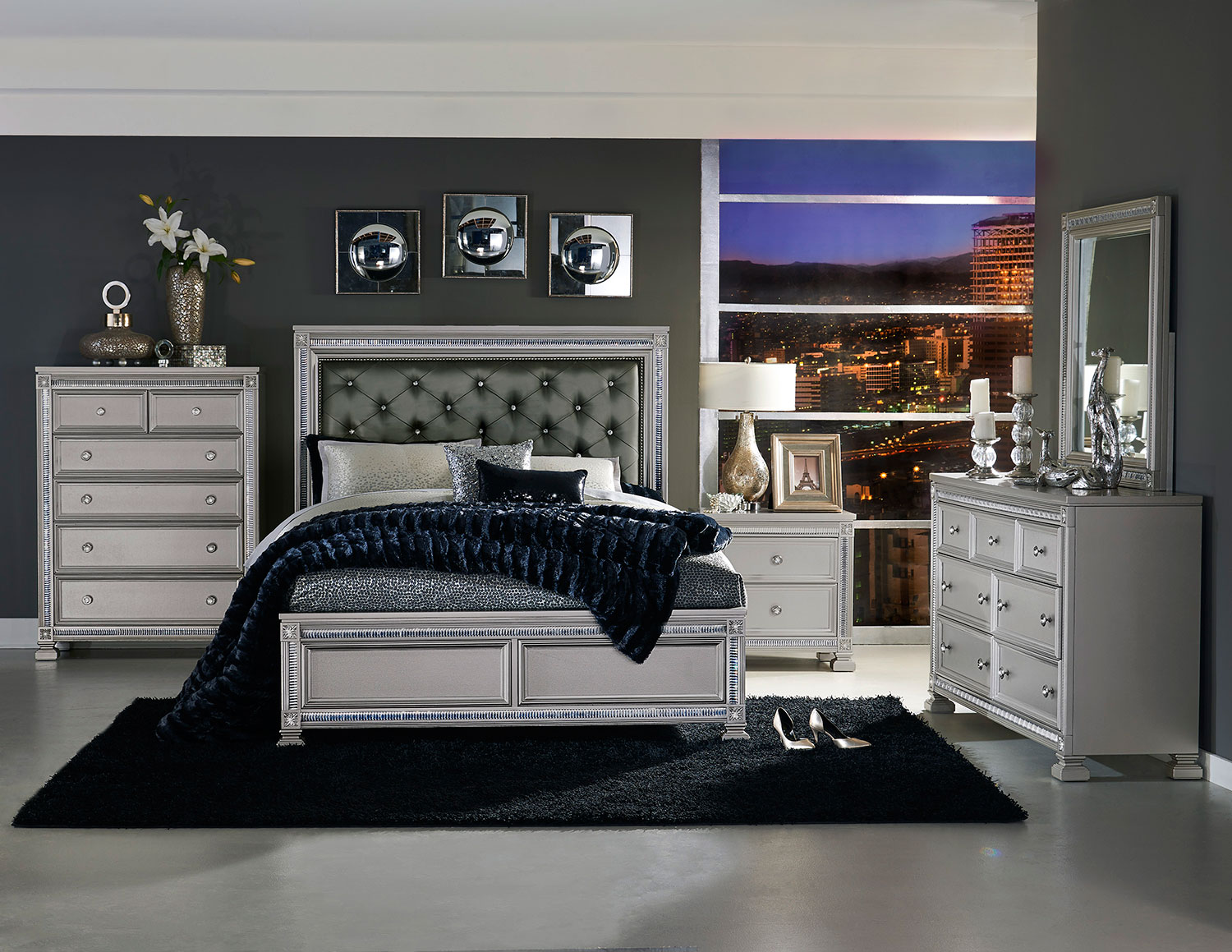 Homelegance Bevelle Button Tufted Upholstered Bedroom Set - Silver
