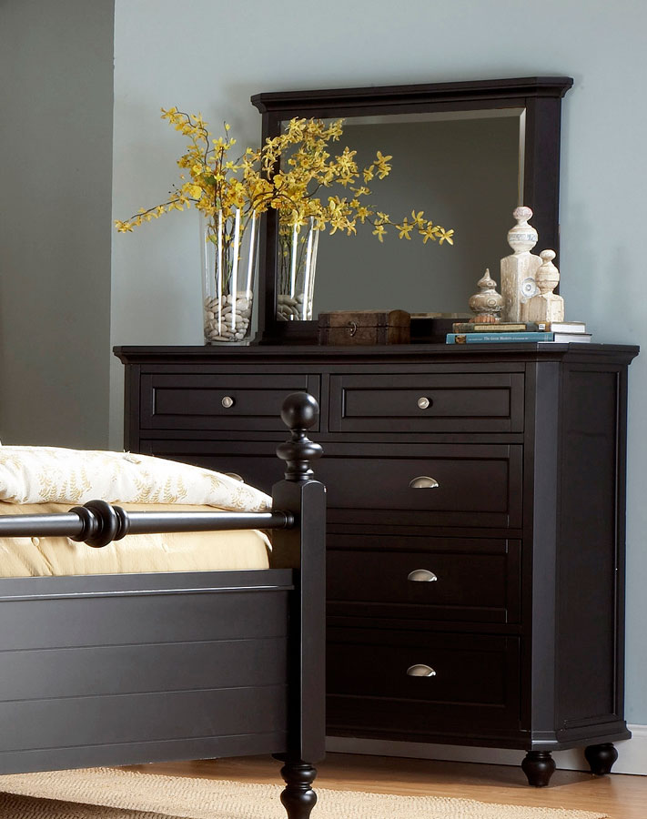 Homelegance Hanna Dresser in Black