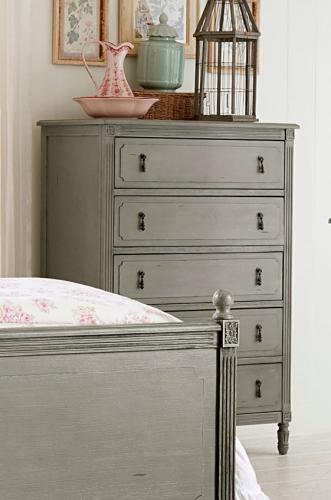 Aviana Chest - Antique Gray